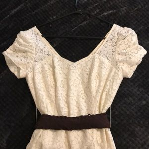 GUESS Cream / Ivory Lace Mini Dress